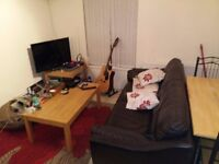Double room in fully equipped flat in great location. Own bathroom included!