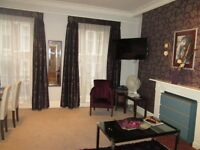 Holiday /Short Term/Oxford St / central London / A very spacious 1 bedroom apartment/sleeps up to 3