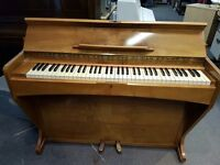Upright Piano - Excellent condition