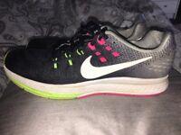 Women's Nike trainers size 6