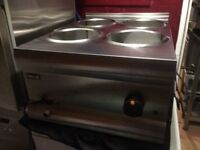 4 pot wet Bain Marie excellent condition works perfect no pots why the price is cheap