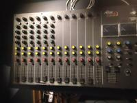 Alice 1228 12 channel mixing desk