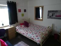Lovely double room with own lounge in swaythling from July 1st