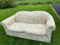 2 seater floral bed settee
