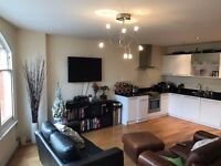 WOOW! Luxury 2 Double Bedroom Flat in Woodford, IG8 OHL..AVAILABLE NOW !! £1299PCM ..THIS GO QUICK !