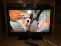 SAMSUNG 32'' FLATCREEN LCD TV