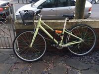 'Giant' women's bike with kryptonite lock