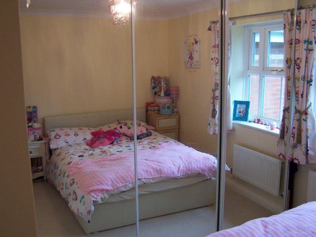 B Q Full Length Mirrored Sliding Doors Set Of3 With Hanging