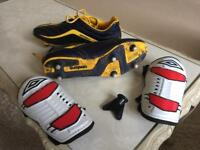 Football boots, size 7