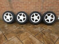 Ford 5 spoke 4 stud alloys with 205 55 16 tyres 2 of the tyres are brand new bargain £100