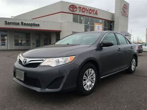 2014 Toyota Camry LE|Back-Up Camera|1 Owner|UBER