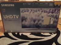 """Samsung UHD TV 40"""" MU6400 Class"""
