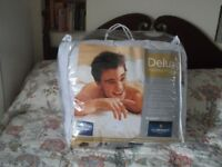 Deluxe Mattress Protector - Large Double