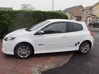 White Renault Clio 1.6 VVT GT Mk3 Facelift