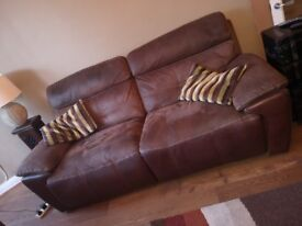 3 seater suede and leather recliner sofa in great condition. Approx 4 years old. Collection only