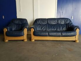 BLUE LEATHER 3 SEATER SOFA / SETTEE / SUITE AND CHAIR / ARMCHAIR ON WOODEN FRAME DELIVERY AVAILABLE