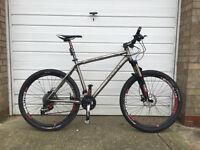 Moda Solo Titanium Mountain Bike