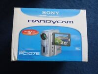 SONY HANDYCAM DCR PC107E IN EXCELLENT CONDITION