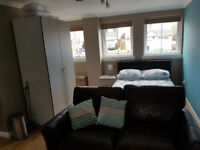 Self-contained studio annexe including own garden, one price - no bills