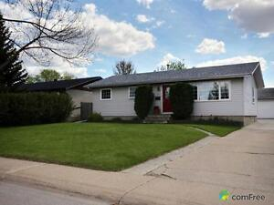 $384,900 - Bungalow for sale in Sherwood Park