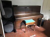 Upright Piano - Howard
