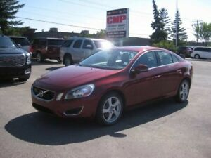 2013 Volvo S60 T5-Sunroof *Safety Meets Luxury**