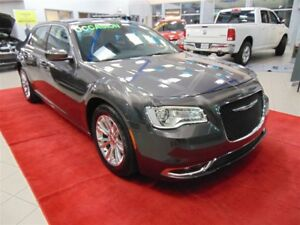 2016 Chrysler 300 LIMITED+TOIT PANORAMIQUE+CUIR