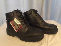 Goliath steel toe cap work boots size 5 / 38
