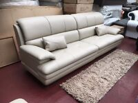 FULL PREMIUM LEATHER BROOKLYN SOFA COMPLETE WITH PUFFEE