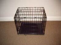 Dog Crate Metal Fold Flat With PLastic Tray (Small)