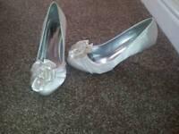 Bridesmaid shoes. Size 5