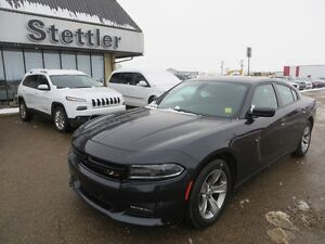 2016 Dodge Charger SXT RWD HEATED SEATS!  COMMAND START!