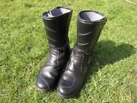 Black Leather Motor Cycle Boots Forma Size 44 Weymouth