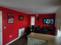 Double room to rent in 4 bed-roomed house, fully fitted wardrobe, separate bathroom
