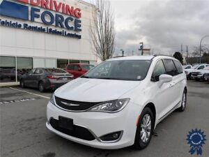 2017 Chrysler Pacifica Touring-L 7 Passenger Front Wheel Drive