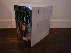 Shadowhunters 6 book collection.