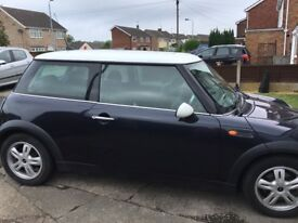 Mini Cooper 2006 1 year mot