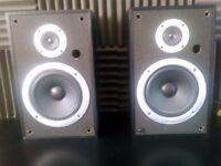 Pioneer speakers 100w each Rare