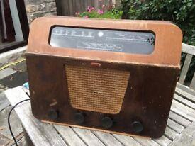Radio. Vintage Murphy A170
