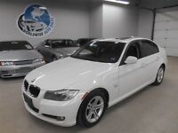 2011 BMW 328 X DRIVE! SUNROOF! FINANCING AVAILABLE