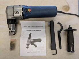 Heavy duty sheet metal cutter/nibbler