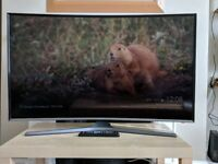 TV Samsung 48-Inch Full-HD LED Curved Screen