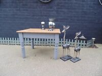 SOLID PINE FARMHOUSE COFFEE TABLE PAINTED WITH LAURA ASHLEY PARIS GREY IN EXCELLENT CONDITION