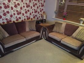 DFS Sofas 3+2 Seater £375 ovno