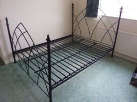 King size metal bed Gothic Style