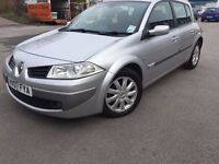 2007 - new shape - 5 door - Renault megane - 1 year mot - part service history - 6 speed