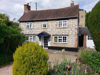 LOVELY COTTAGE in Stadhampton, room to let in houseshare of three