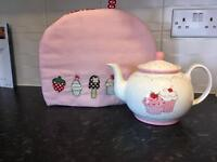 Shabby chic teapot & matching cosy