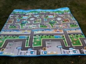 Play mat two sided