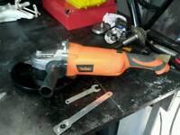 Heavy duty angle grinder